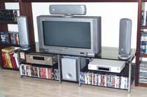 TV-Rack / Fernsehtisch  Edelstahl/Glas  Länge: 1680mm  Tiefe: 580mm  Höhe: 520mm