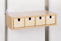 Korpus mit 4 Holzladen